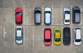 Ar sistemos, mokančios pastatyti automobilį, gali pakeisti vairuotoją?