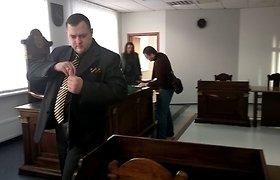 Garsių žurnalistų komandą nuteisti prašančio buvusio Vilniaus policininko taikiklyje – ir teisėja