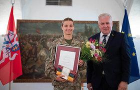 L.Asadauskaitė apdovanota Krašto apsaugos sistemos medaliu