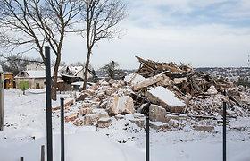 Kauno Lakūnų plente nugriautas senas pastatas
