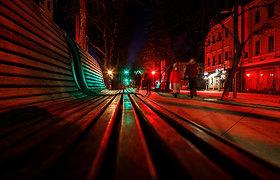 Kauno Laisvės alėja sužibo trispalvės šviesomis
