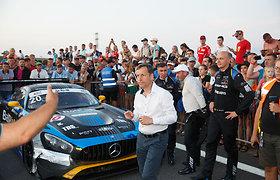 """Teisėjai paaiškino, už ką Palangos lenktynėse skyrė baudas brolių Dagilių """"Mercedes"""""""