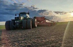 """Nuo 14 metų tėvų ūkyje dirbęs, o dabar savo žemę valdantis V.Majauskas: """"Šiuolaikinis ūkininkas yra verslininkas"""""""