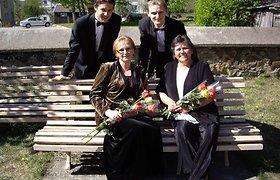 Opera-pastišas garbins Lietuvą