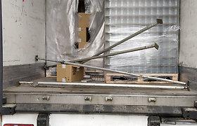 Muitininkai sulaikė beveik 3 mln. eurų vertės kontrabandą: slėpė po stiklainių kroviniu
