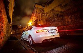 """Metų automobilis 2017"" konkurso dalyvis: ""Jaguar XF"""