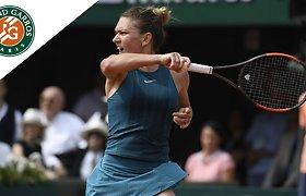 """Simona Halep """"Roland Garros"""" finale iškovjo pergalę"""