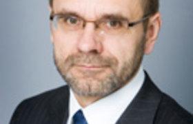 Iš Seimo į vaikų namus: buvęs parlamentaras Algis Kazulėnas gali tapti Obelių vaikų globos namų vadovu
