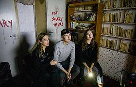 """""""Vardų"""" komandos eksperimentas: koks jausmas apsistoti siaubo viešbutyje Vilniuje?"""