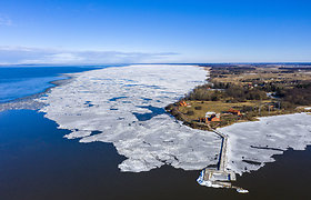 Iš ledo gniaužtų besivaduojantis Ventės ragas