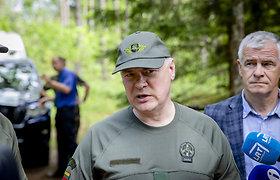 Užkardos vadas paaiškino, kaip migrantai bando kirsti pasienį su Baltarusija