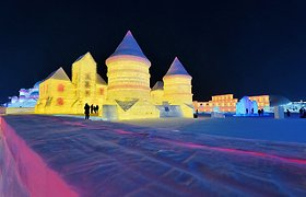 Kinijoje pastatyta ledinė Trakų pilies kopija
