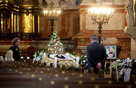Vilniuje vyksta atsisveikinimas su Vidmante Jasukaityte