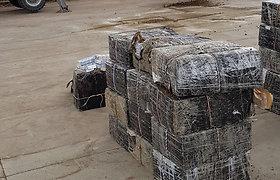 Muitininkai vagonuose su skalda aptiko vertingą kontrabandą