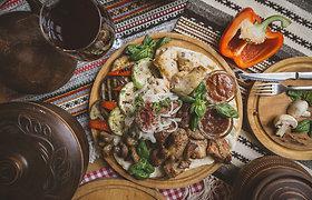 Romų virtuvės įdomybės: nuo itin neįprasto troškinio iki pasakiško pyrago