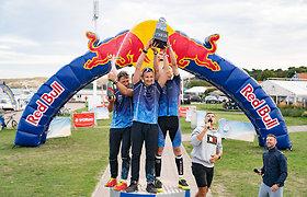 """Pirmasis """"Red Bull 211"""" priartėjo prie pabaigos – paaiškėjo komandinės estafetės laimėtojai"""