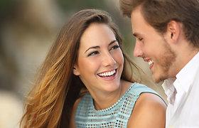Gėdijatės kreivų dantų? Naujos technologijos leidžia mėgautis šypsena be metalinių breketų