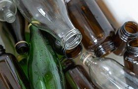 Dangteliai stiklo pakuočių rūšiavimo konteineryje – ne problema, bėda – keramika ir kitoks stiklas