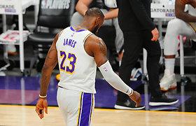 """Prisvilęs čempionų startas: nykūs """"Lakers"""" atkrintamąsias pradėjo nesėkme"""