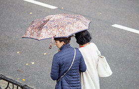 Sugrįžo lietuviška vasara: ką veikti Palangoje pilant lietui ir atvėsus orui?
