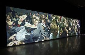 MO muziejus laidotuves ir vestuves, protestus ir sovietinius maršus sudėjo į pasakojimą