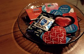 Kauno gimtadienio proga jaunimas nemokamai dalino prezervatyvus ir garsiai kalbėjo apie seksą