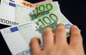 Vyriausybė skyrė per 4,8 mln. eurų pareigūnams, NVO už darbą per pandemiją