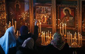 Nelinksmos stačiatikių Velykos: pamaldos be žmonių, kunigai mėnesį išgyventi mėgina už 100 eurų
