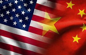 Kinijos prekybos perteklius su JAV pernai išaugo 7,1 proc. iki 317 mlrd. JAV dolerių