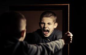 Psichiatrė – apie paauglių emocinę krizę: negalėdami susitikti su draugais, dalis paauglių jaučiasi vieniši, atstumti
