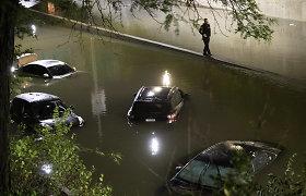 Niujorko regione staigių potvynių aukų skaičius išaugo iki 44