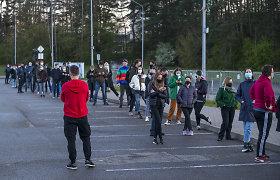 Vilniuje – pusvalandį trukusios lenktynės dėl šimto likusių vakcinų, skiepą galėjo gauti gyventojai nuo 18 metų