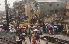 Nigerijoje sugriuvus renovuojamam namui žuvo du žmonės, dar šeši nukentėjo