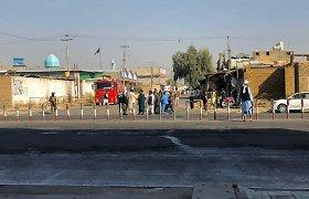 Kandahare per mirtininko išpuolį mečetėje žuvo mažiausiai 33 žmonės