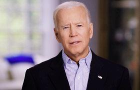 JAV prezidento posto siekiantį J.Bideną parėmė ir H.Clinton