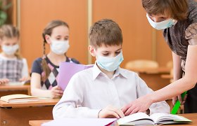 Su netestuotais vaikais pedagogai dirba savo laisvalaikio sąskaita: ministerija priedais už išaugusį krūvį nedžiugina