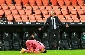"""Sutriuškintas Z.Zidane'as prisiėmė atsakomybę, bet pabrėžė: """"To jau per daug"""""""