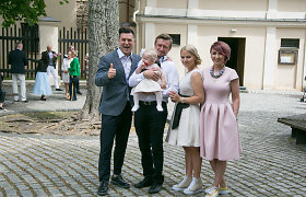 Marius ir Renata Jampolskiai pakrikštijo pirmagimę Viltę: sveikino garsių bičiulių būrys
