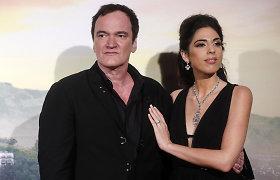 56-erių režisierius Quentinas Tarantino su 36-erių žmona susilaukė pirmagimio