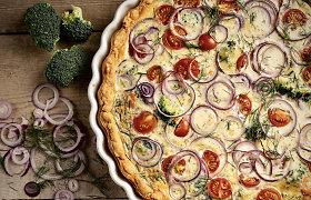 Pasaulis lėkštėje: prancūziškas kišas su daržovėmis, sūriu ir lašiša