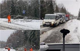 """Šiaulių policija: didžiausiu praėjusio savaitgalio """"kriminalu"""" tapo žiemos sugrįžimas"""