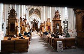 Vyskupų konferencija: pamaldos bažnyčiose vėl vyks dalyvaujant tikintiesiems