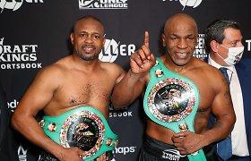 Mike'o Tysono sugrįžimas: bokso legendų dvikova baigėsi netikėtu teisėjų sprendimu