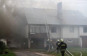 Dembavoje ugnis siaubė gyvenamąjį namą