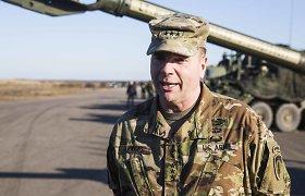 JAV pajėgų Europos vadas Benas Hodgesas: sunku dirbti be ambasadorių