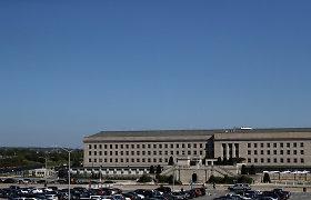 Pentagonas įpareigojo civilius darbuotojus pasiskiepyti nuo COVID-19