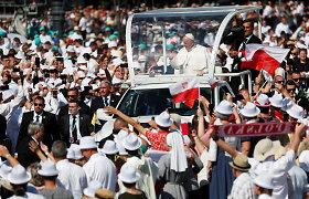 Popiežius ragina Europą per pandemiją demonstruoti solidarumą