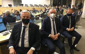 Dėl kontakto su J.Varkaliu nurodyta izoliuotis trims Seimo nariams ir padėjėjai