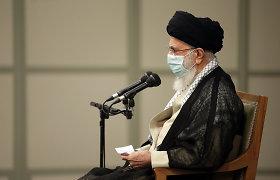 A.Khamenei giria išrinktojo Irano prezidento darbą teismų sistemoje