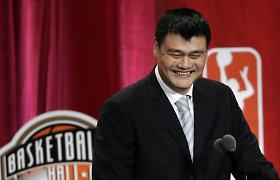 Kinijos krepšinio milžinas nusilenkė Arvydui Saboniui